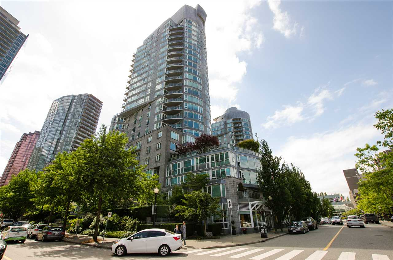 Vancouver, BC V6G 3G3, 3 Bedrooms Bedrooms, ,2 BathroomsBathrooms,Residential Attached,For Sale,NICOLA,R2558943